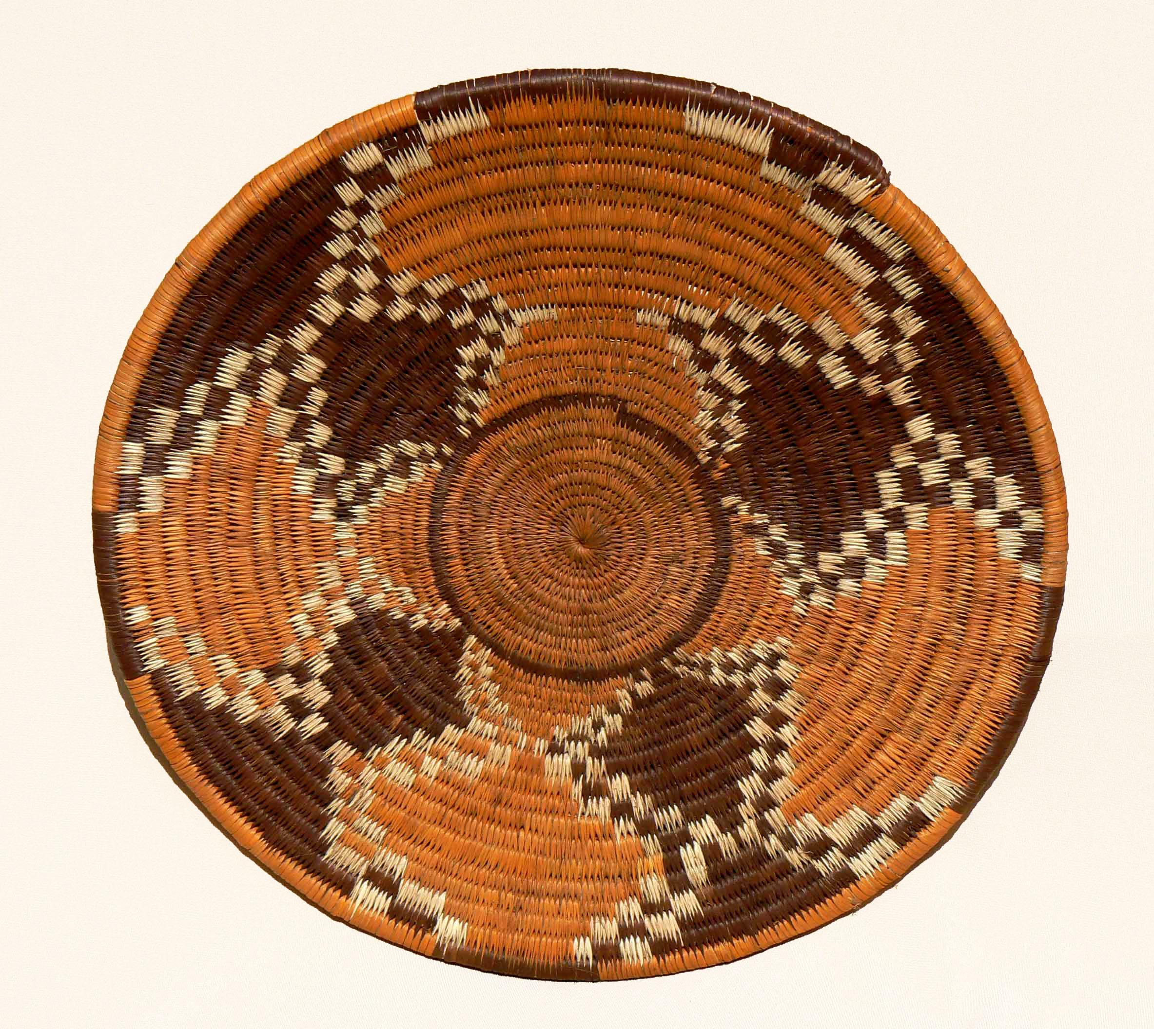 Basket Weaving Botswana : Ndalama african deserts crafts a look at botswana