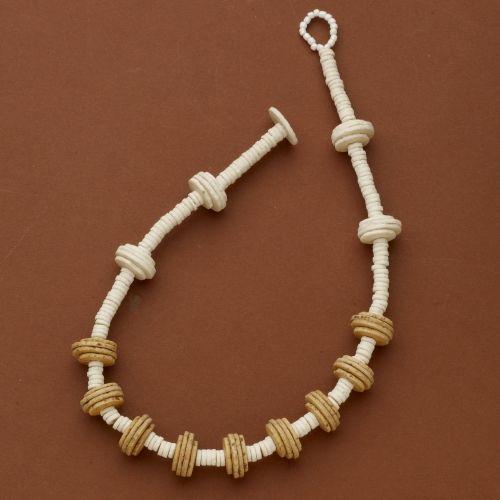 San O Shell Necklace